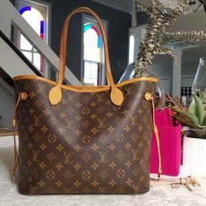 💕Authentic LV Neverfull Mm Monogram Tote Bag